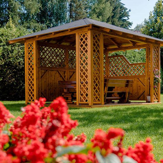 hochbeet kostenlos bei der firma minninger die der die erde und pflanzen kostenlos zur verfgung. Black Bedroom Furniture Sets. Home Design Ideas